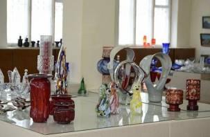 На Первомайском стекольном заводе полностью перекрыли газ