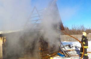 На Смоленщине сгорели две бани