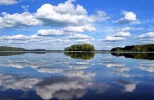 Смоляне увидят, «где небо отражается в озерах»
