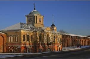 В Смоленске наркодиспансер и гимназия остались без тепла и горячей воды