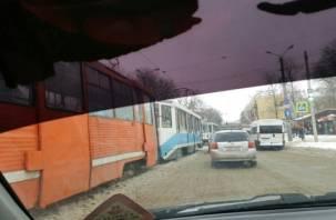 В смоленском трамвае пострадала женщина