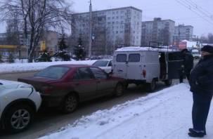 В Смоленске произошло ДТП с участием трех авто