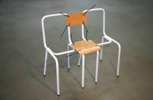 Усидят ли смоленские коммунисты на двух стульях?