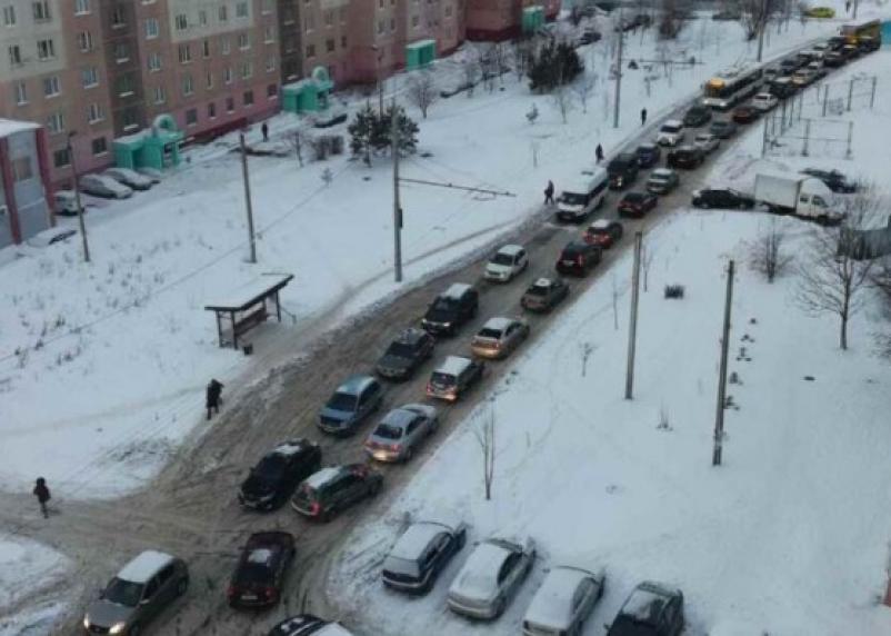Сегодня утром микрорайоны Смоленска стали в пробках