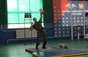 В Смоленске впервые пройдет всероссийский чемпионат по армейскому гиревому рывку