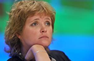Жена Чубайса обсудила в Смоленске проблемы детского аутизма