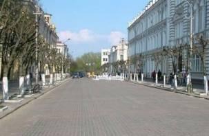 Улицу Ленина в Смоленске хотят превратить в парковку