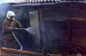 Смолянин заживо сгорел в пылающей пристройке к дому