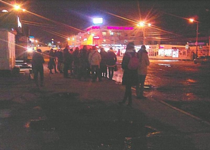 В ожидании маршрута №22. Сотни смолян вечером не могут доехать до дома
