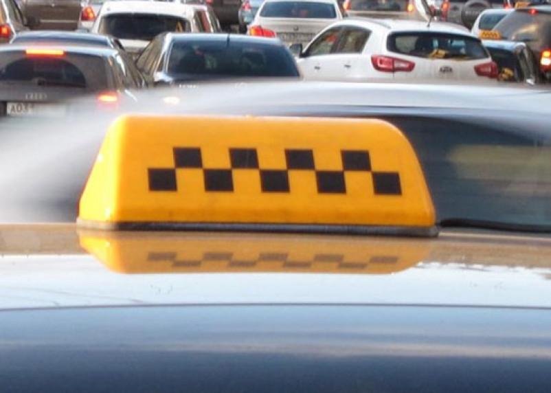 В Демидовском районе таксист едва не застрелил пассажира