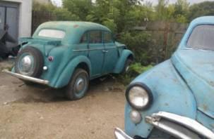 В Смоленске обнаружили «автопарк» ретроавтомобилей