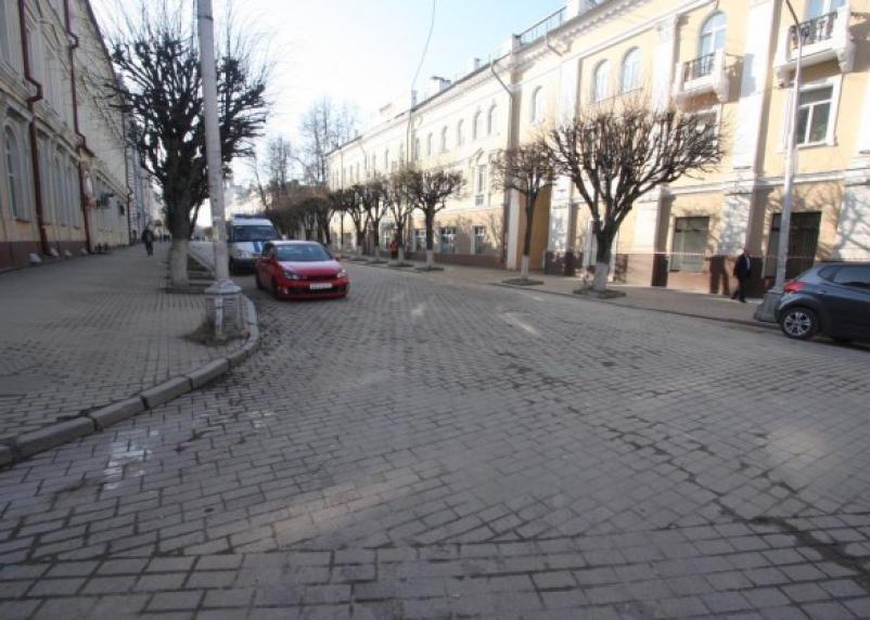 «За» или «против» парковки на Ленина в Смоленске: народное голосование