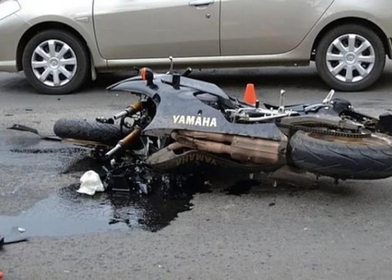На Смоленщине ищут очевидцев аварии, где мотоциклиста переехала иномарка