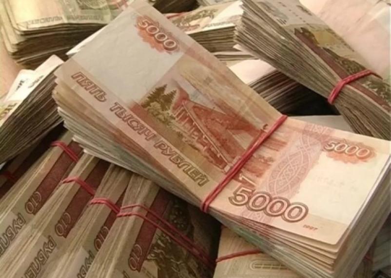В Смоленске сотрудник автосалона присвоил себе чужие миллионы