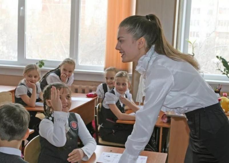 В Смоленске молодым учителям помогут с жильем