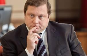 На Смоленщине начали собирать подписи за отставку губернатора Островского
