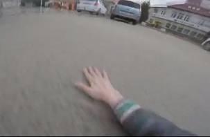 «Шок. Упал с траллика». Смоленские школьники сняли опасное видео