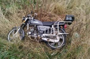 Смолянин угнал мотоцикл и слетел на нем в кювет