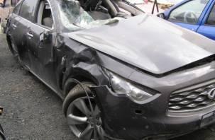 Под Смоленском водитель внедорожника вылетел в кювет