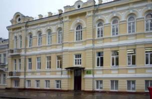 В Смоленске продолжаются репрессии против учителя музыки