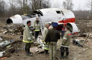 В могиле погибшего в Смоленске польского генерала нашли останки семи человек