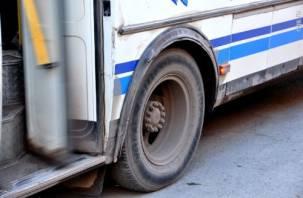 В Смоленской области автобус съехал в кювет. Есть пострадавшие