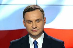 Польский президент хочет вернуть обломки Ту-154 с помощью Украины