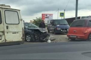 В Смоленске произошло серьезное ДТП