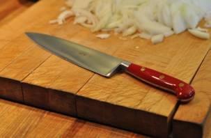 Смолянка не успела приготовить завтрак, получив удар ножом в живот