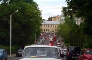 Из-за праздничных мероприятий в Смоленске собрались огромные пробки