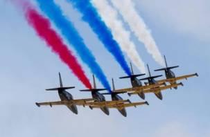 В Смоленской области отметили 30-летние знаменитой пилотажной группы «Русь»