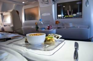 «Аэрофлот» будет кормить своих пассажиров смоленской кашей