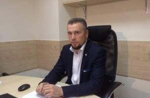 В Смоленске проводят опрос за отставку Владислава Апакова