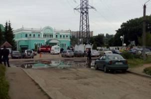 В Смоленске оцеплен пригородный вокзал