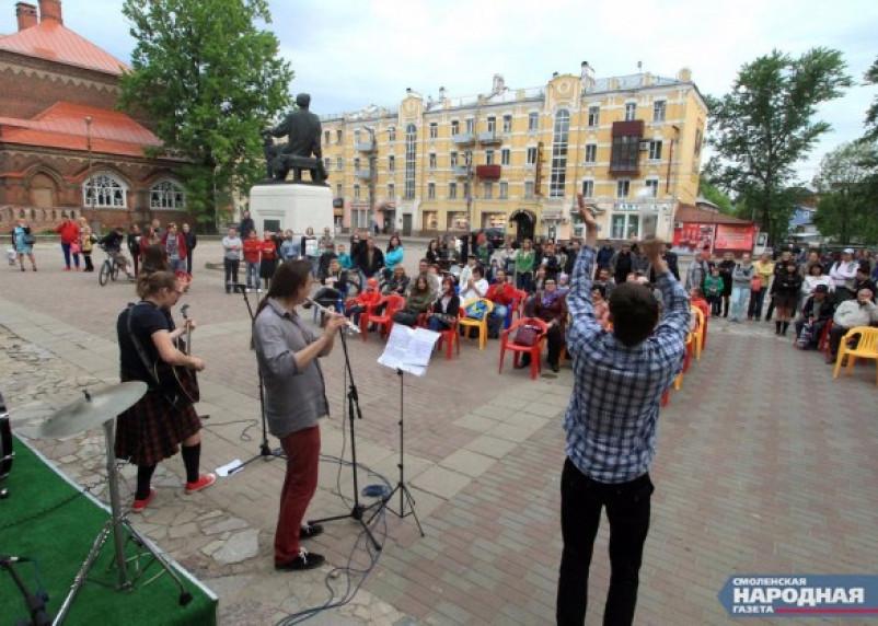 Смолян вновь приглашают на «Встречи у Микешина»