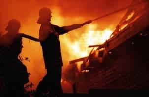 В Смоленской области случилось два ночных пожара