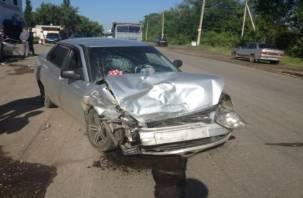 В Новодугинском районе пассажир легковушки погиб в страшном ДТП