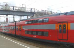 На смоленском вокзале «засветился» двухэтажный поезд