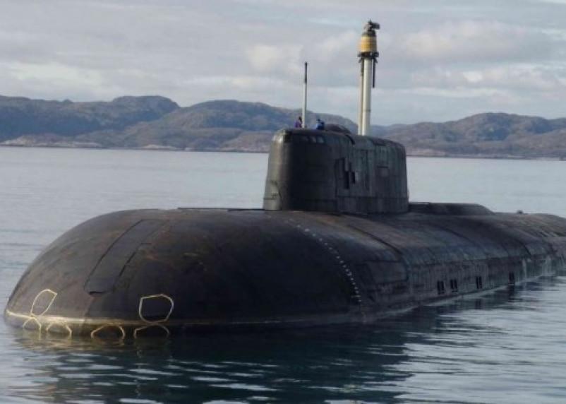 Крейсер «Смоленск» уничтожил крылатой ракетой морскую мишень