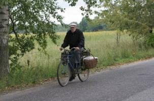Пожилой смоленский велосипедист попал под колеса «Ауди»