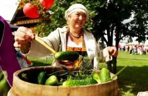 Cмолян приглашают отведать варенье и компот из огурцов