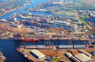 Фирма, зарегистрированная в Смоленске, завезла в Калининград 600 тысяч литров химикатов
