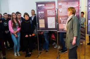 В Смоленске открылась выставка «Курская дуга»