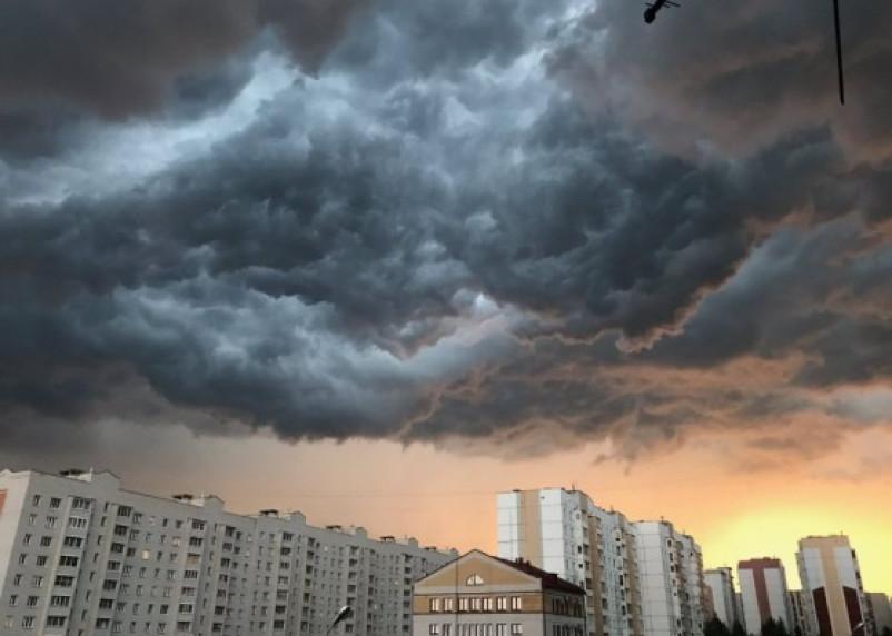 Дожди и грозы задержатся в Смоленской области до 3 августа