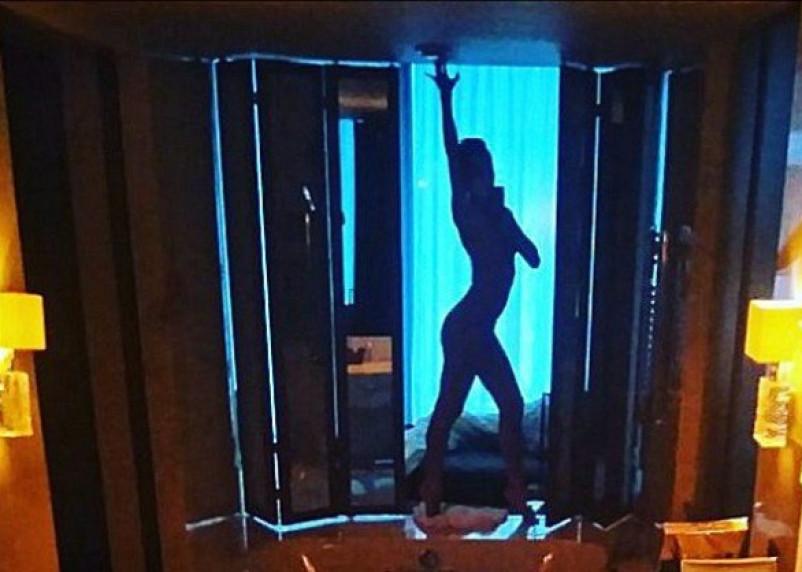 Маша Малиновская сделала эротическое фото в Смоленске