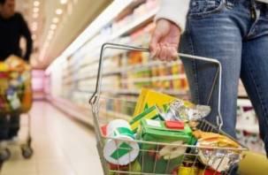 Смоленская парочка украла кошелек у женщины в гипермаркете