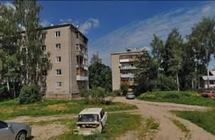 В Смоленске насмерть разбился упавший с крыши мужчина