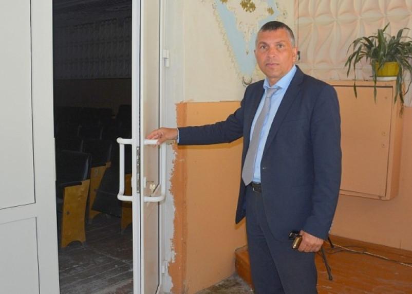 Кардымовскому главе указали на дверь