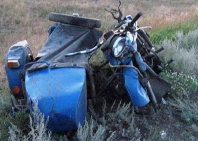 На Смоленщине мотоциклист и велосипедист слетели со своих железных коней