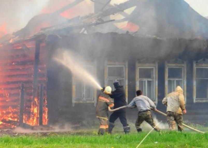 В Смоленской области женщина погибла в горящем доме